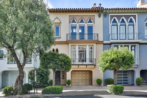 Home for sale Elegant Multifamily in Marina District